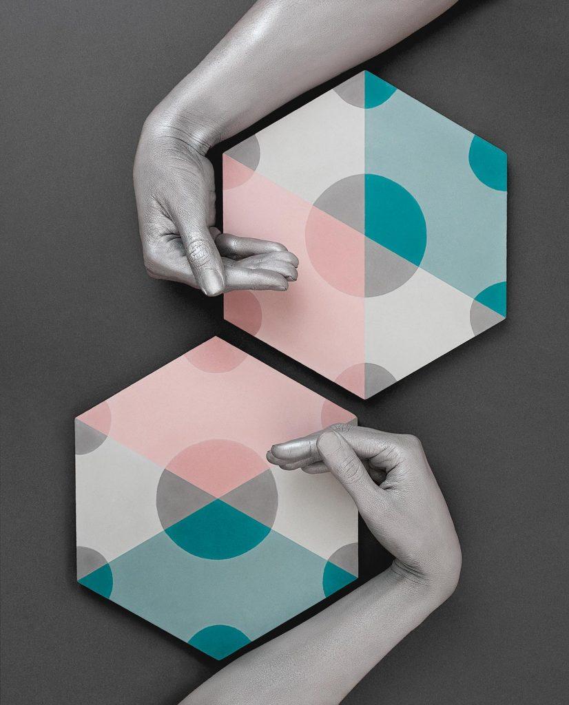 Serie de fotografía editorial de Manos Pintadas para Revista EME 5 - Baldosas Mosaista
